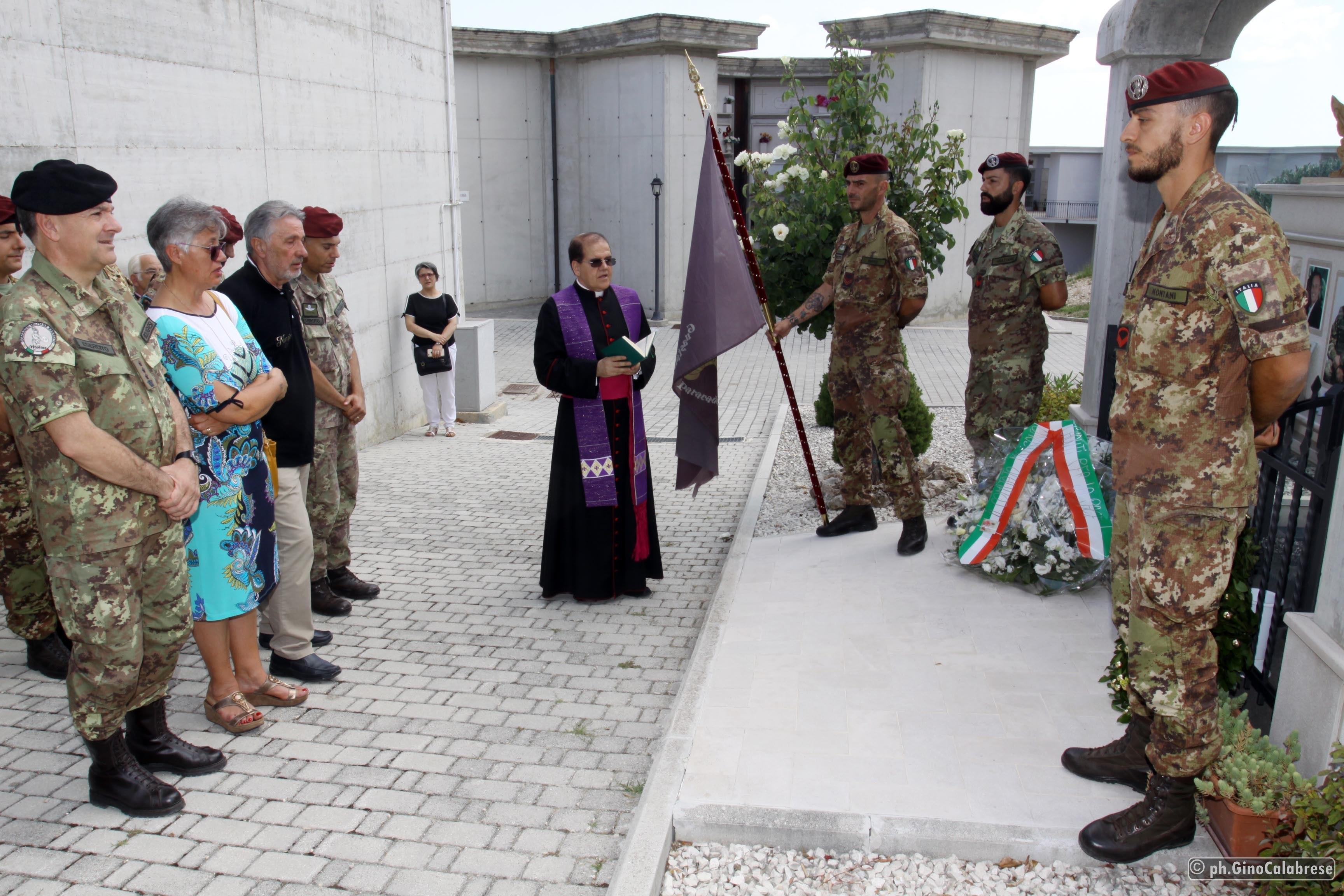 Campobasso ricorda il suo eroe, 9 anni dalla scomparsa del parà Alessandro Di Lisio