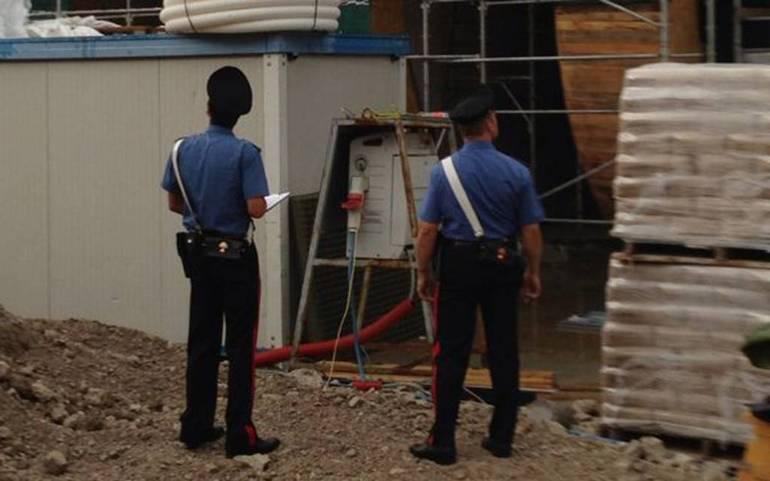 Carabinieri in azione, lotta al lavoro nero e controlli sulla sicurezza: due denunce