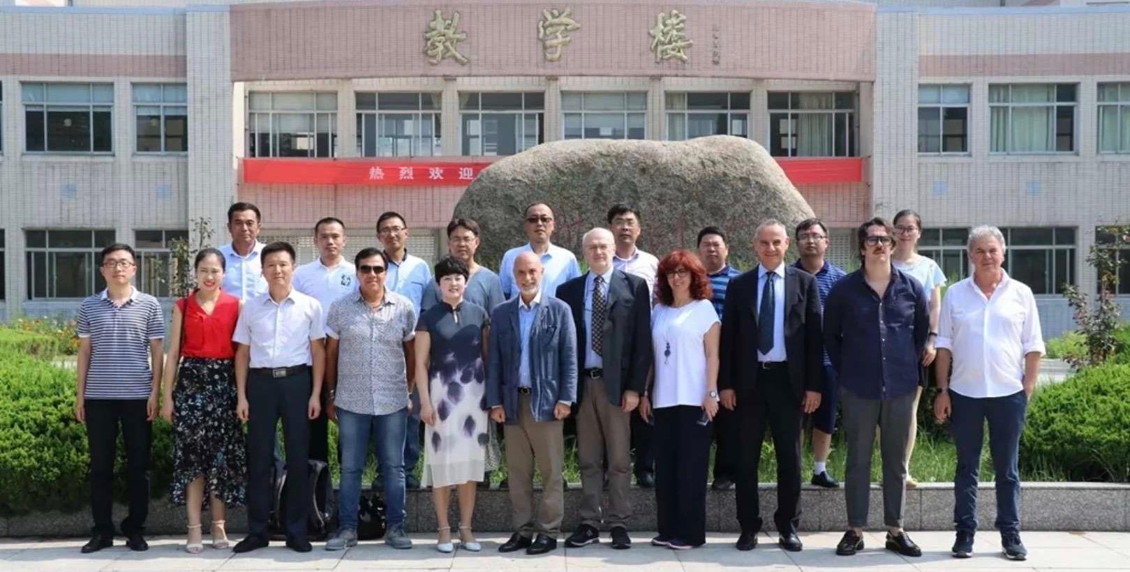 Molisani e pugliesi alla scoperta della Cina, imprenditori in visita a Huai'an