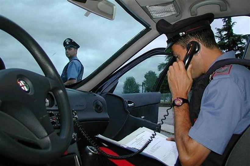 Turisti in viaggio con la marijuana bloccati dai Carabinieri