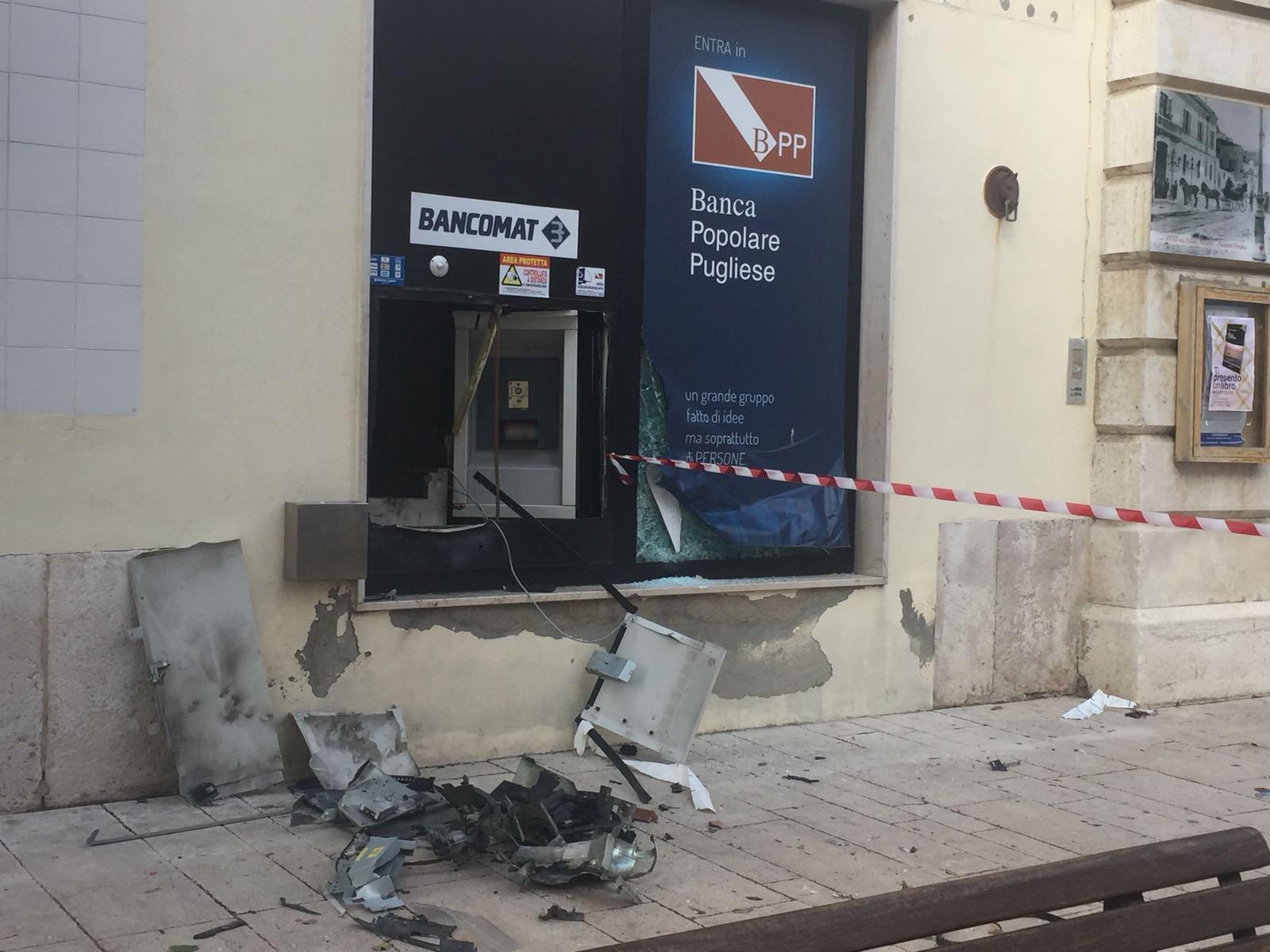 """""""Marmotta"""" in azione anche a Ferragosto, distrutto il bancomat della BPP di Campomarino"""