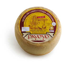 Blend Payoyo matured in pig fat