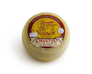 Semicured Payoyo sheep cheese