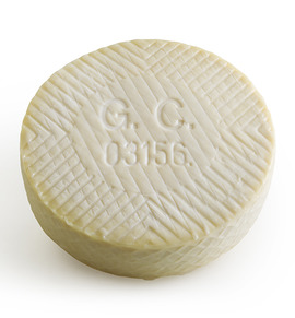 Raw milk Majorero cheese