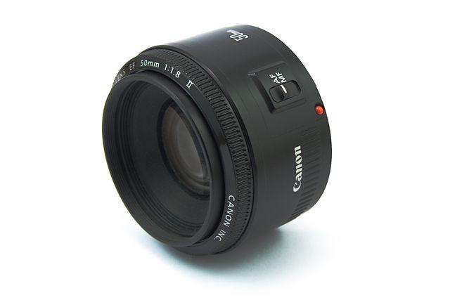 Canon EF 50 mm f 1.8 II