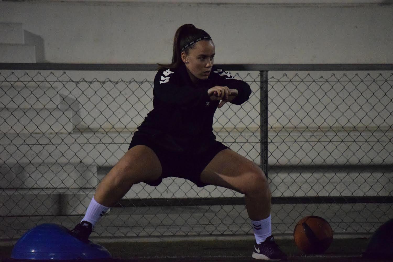 Carla Uroz, jugadora del Femení D i Femení J, rep l'alta mèdica