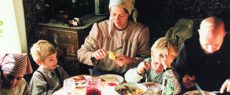 Gammeldags familj på Skansen
