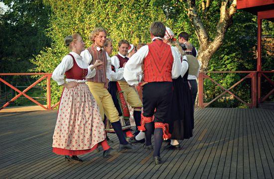 Folkdans på Skansen