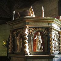 Seglora kyrka interiört predikarstol