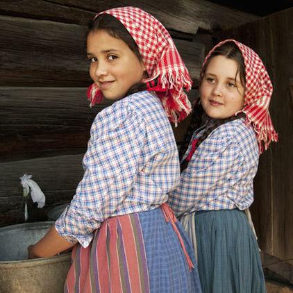 Flickor på Skansen
