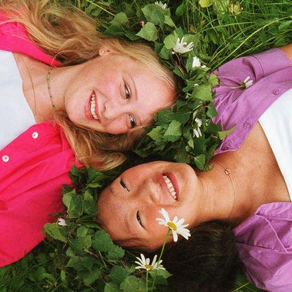 Två flickor på Skansen