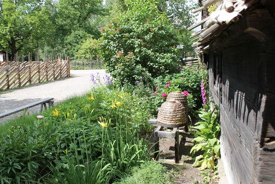 Örtagården vid Kyrkultstugan
