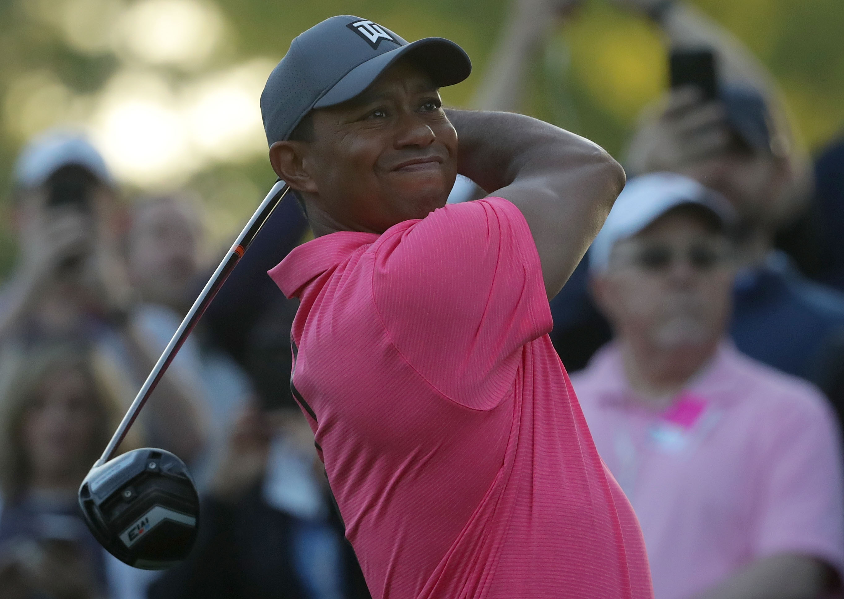John Peterson surges, Tiger Woods plays 'fine' at Wells Fargo