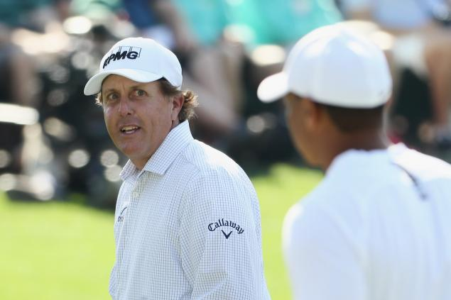 Phil Mickelson has flawless quote about his long-sleeve shirt