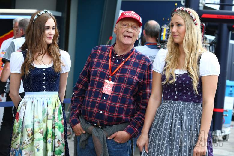 Niki Lauda has his say on Formula One axing grid girls