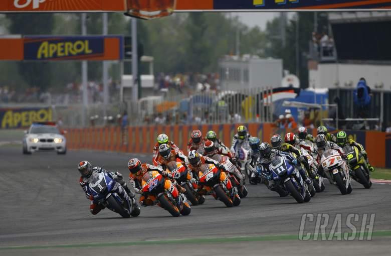 Lorenzo leads start,  San Marino MotoGP 2011