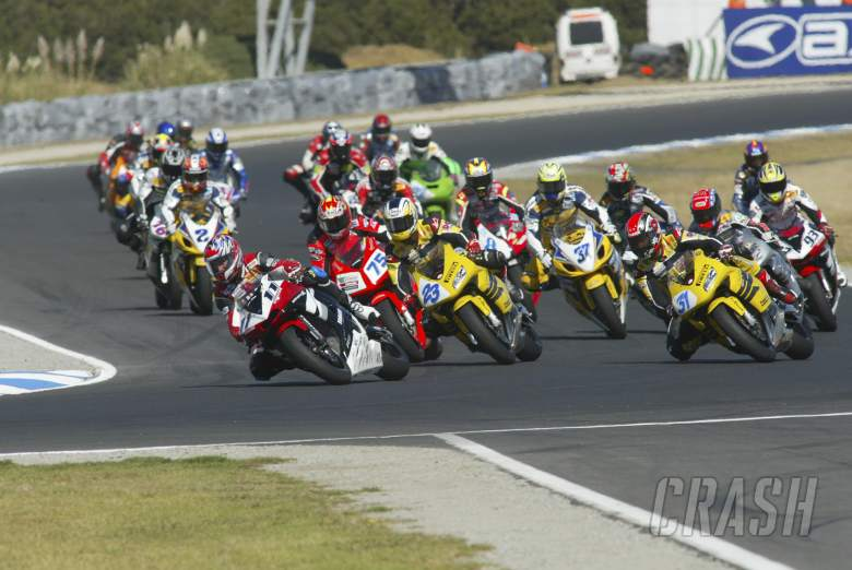 , , Curtain leads the WSS field into Honda corner.