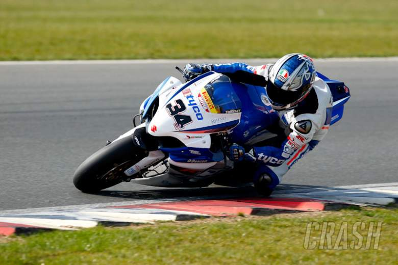 , ALISTARE SEELEY TYCO TAS SUZUKI - [picture credit: Ian Hopgood Photography]
