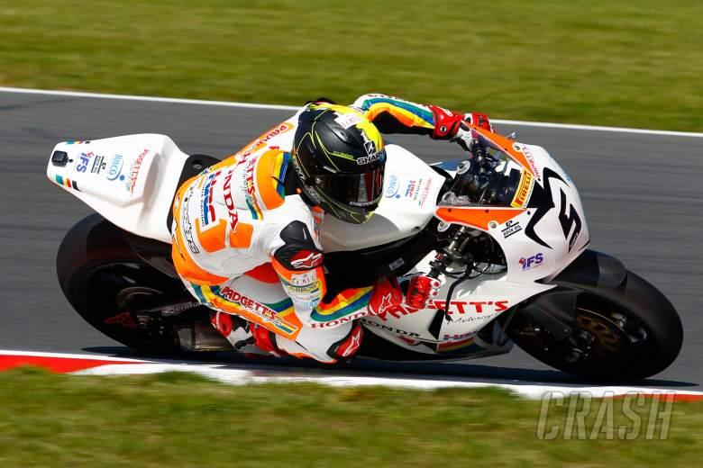 ,  - Ian Lowry Padgetts Racing - [picture credit: Ian Hopgood Photography.com]
