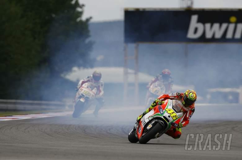 Rossi, engine smoking, Czech MotoGP 2012