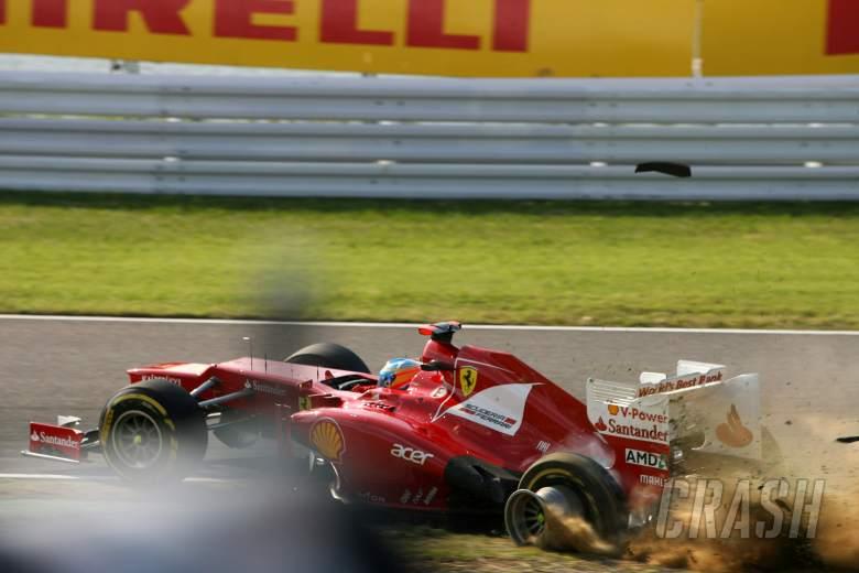 07.10.2012- Race, Crash, Fernando Alonso (ESP) Scuderia Ferrari F2012