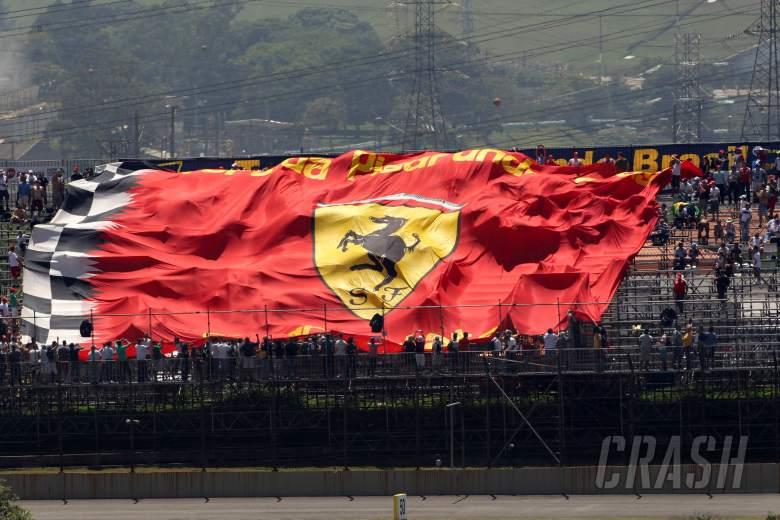23.11.2012- Free Practice 1, Scuderia Ferrari  flag