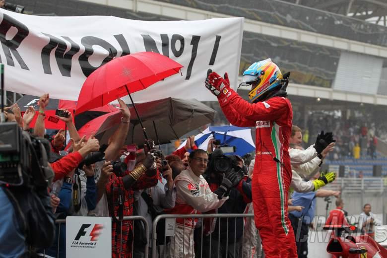 25.11.2012- Race, 2nd position Fernando Alonso (ESP) Scuderia Ferrari F2012