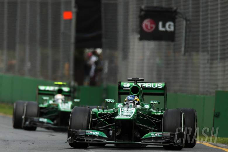 17.03.2013- Race, Charles Pic (FRA) Caterham F1 Team CT03 leads Giedo Van der Garde (NED), Caterham