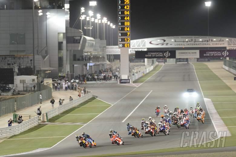 Salom leads Moto3 race start, Qatar MotoGP 2013