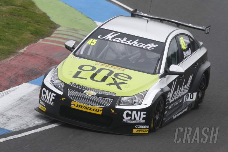 Mike Bushell (GBR) IP Tech Race Engineering Chevrolet Cruze