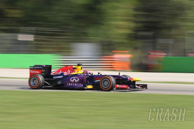 06.09.2013- Free practice 2, Sebastian Vettel (GER) Red Bull Racing RB9