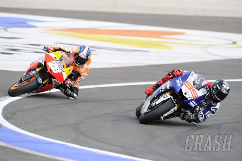 Lorenzo, Pedrosa almost crashing, Valencia MotoGP 2013
