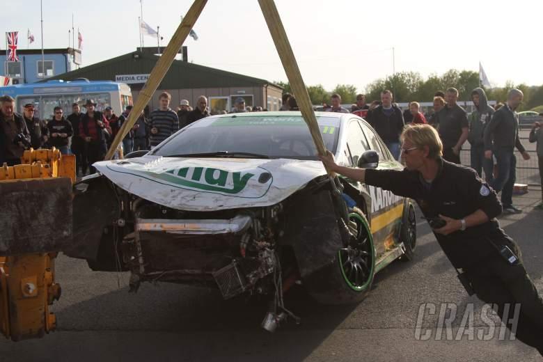 : Simon Belcher (GBR) Handy Motorsport Toyota Avensis