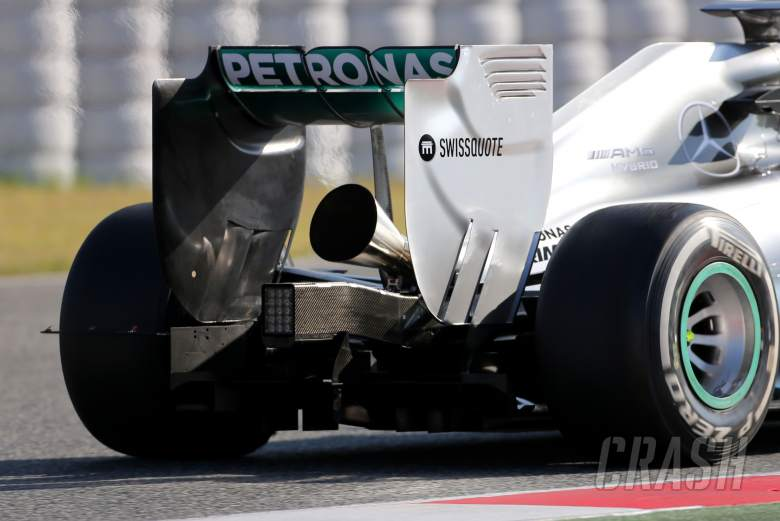 Mercedes trials 'megaphone' exhaust