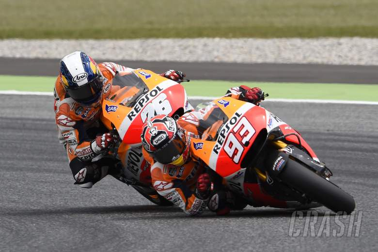Marquez plays down final lap near-miss