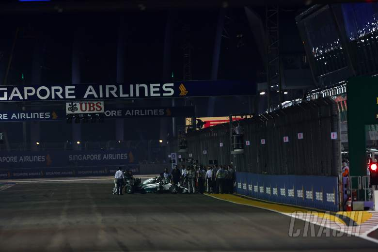 Mercedes: Rosberg stopped in Singapore by 'contaminant'