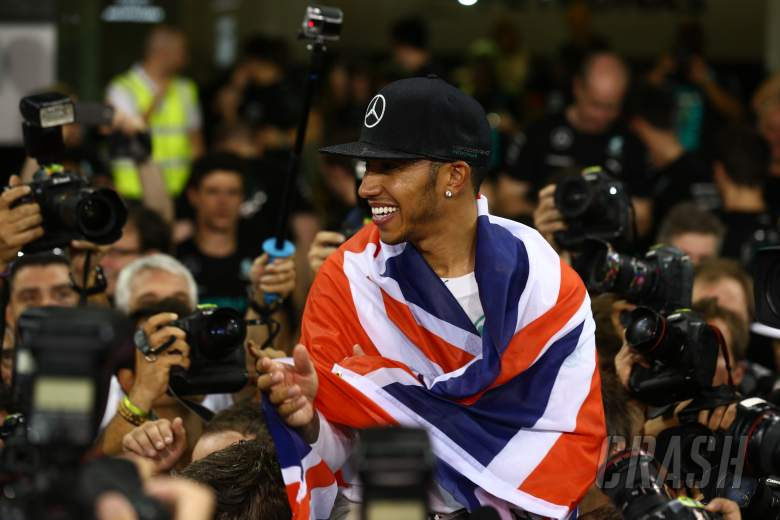 Hamilton eyes 'another seven years in F1'