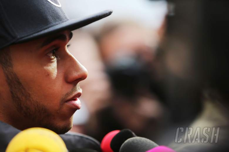 Hamilton pleased FIA is reviewing Alonso accident