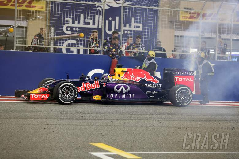 Ricciardo onto fourth engine after blow-out