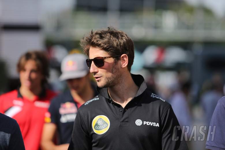 """Grosjean pit stop incident a """"scary moment"""""""