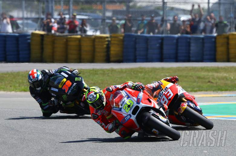 Injured Iannone pushes '150%' for heroic fifth