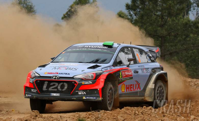 Fiery exit for Paddon in Portugal
