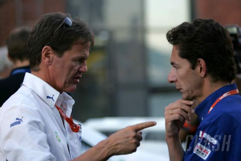, , BP Ford boss, Malcolm Wilson chats to Kronos Citroen boss, Marc van Dalen World Rally of Finland, Wo