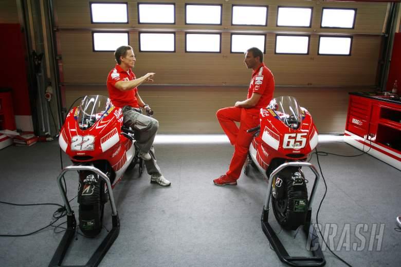 Gibernau, Livio Suppo With The New Ducati 800, Brno MotoGP test, 2006