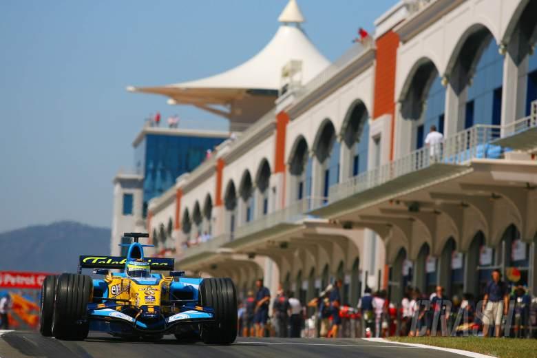 25.08.2006 Istanbul, Turkey, Giancarlo Fisichella (ITA), Renault F1 Team, R26 - Formula 1 World Cham