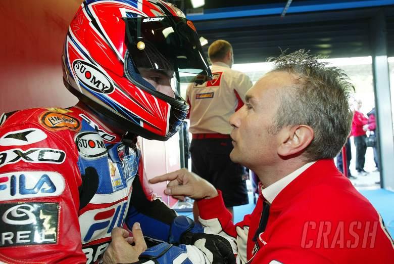 Toseland, Davide Tardozzi, WSBK Monza, 2004