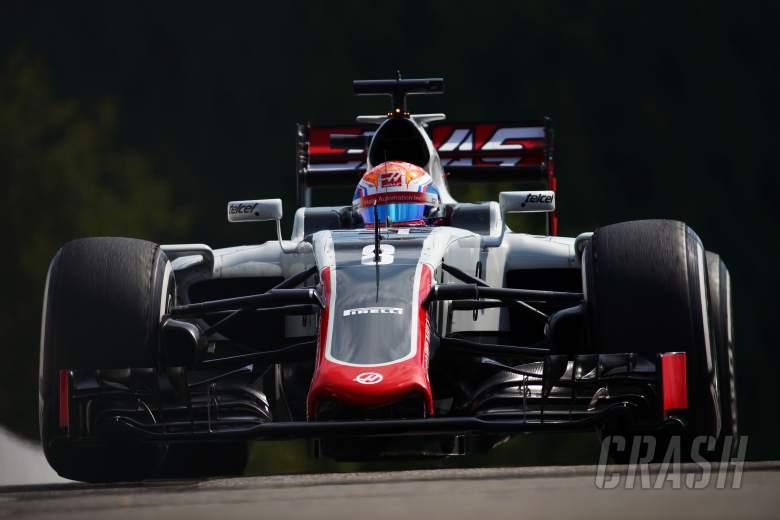 Drivers blast Pirelli for 'joke' tyre pressures
