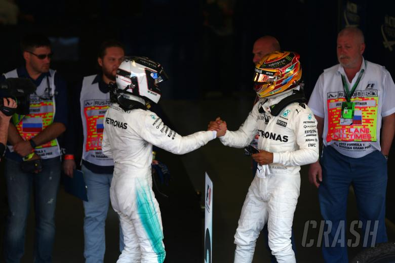 30.04.2017 - Race, Valtteri Bottas (FIN) Mercedes AMG F1 W08 race winner and Lewis Hamilton (GBR) Me