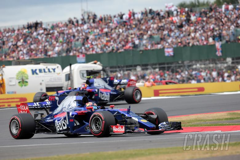 F1, 16.07.2017 - Race, Daniil Kvyat (RUS) Scuderia Toro Rosso STR12 leads Carlos Sainz Jr (ESP) Scuderia