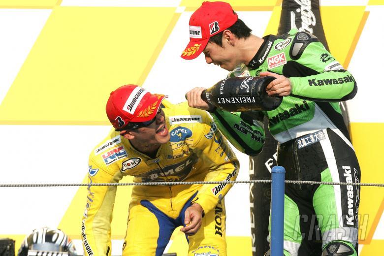 Tamada and Nakano, Japanese MotoGP Race, 2004